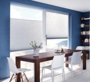 Duette blå væg